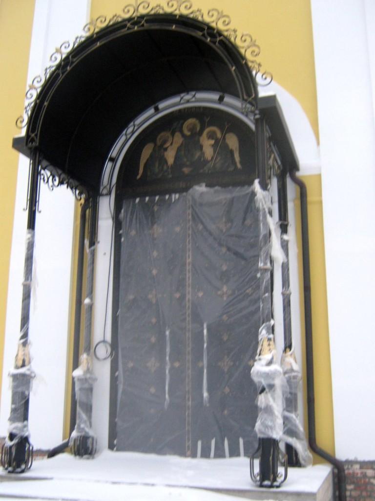 Межкомнатные двери из массива дуба в СПб Низкая цена